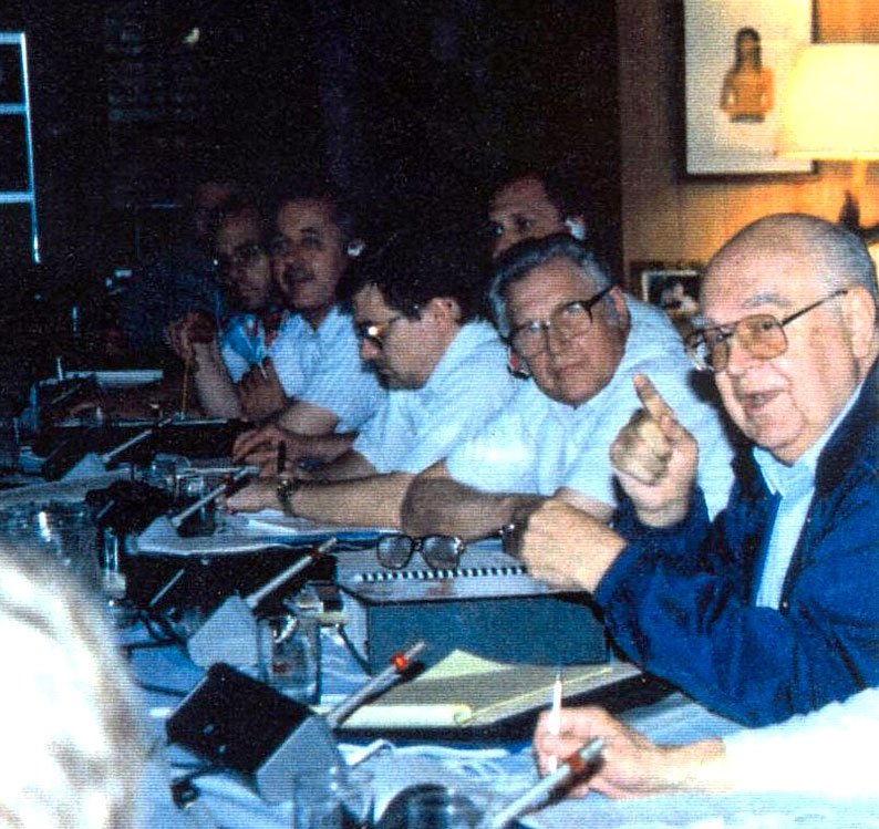 natoly Dobrynin making a point at the Musgrove conference on SALT II in May 1994