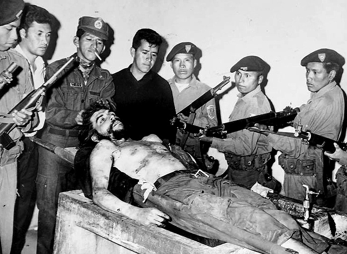 Che Guevara after his execution on October 9, 1967