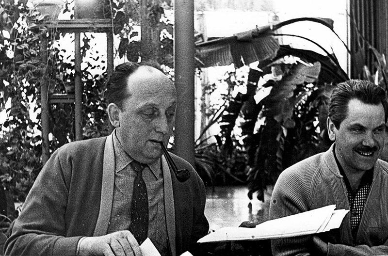 Chernyaev and Georgy Arbatov in Zavidovo.