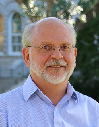 Mark Gasiorowski