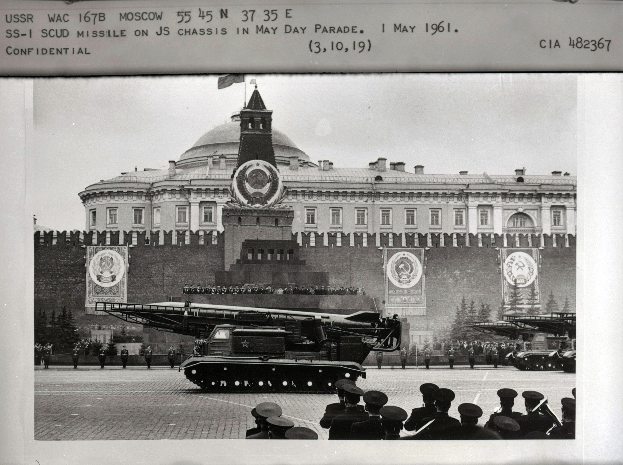 may-1961-moscow-parade