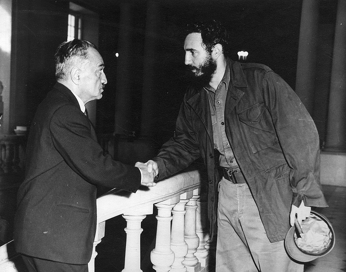 Mikoyan and Fidel Castro