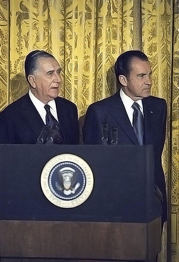 Nixon and Medici