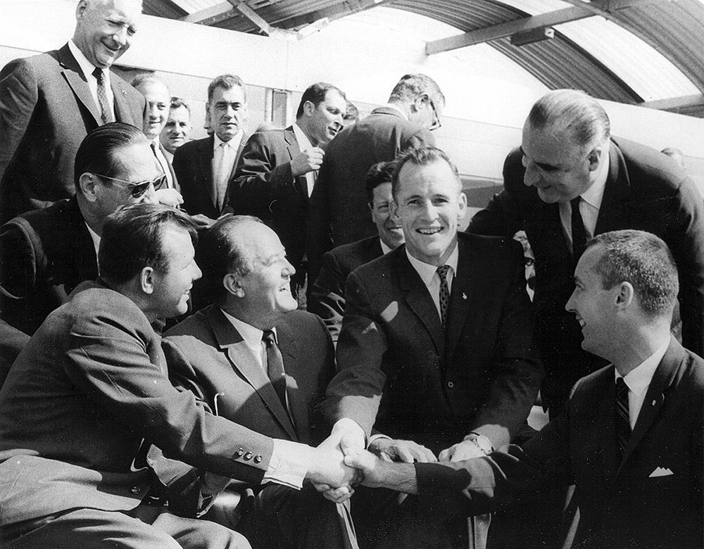 American astronauts and Soviet cosmonauts