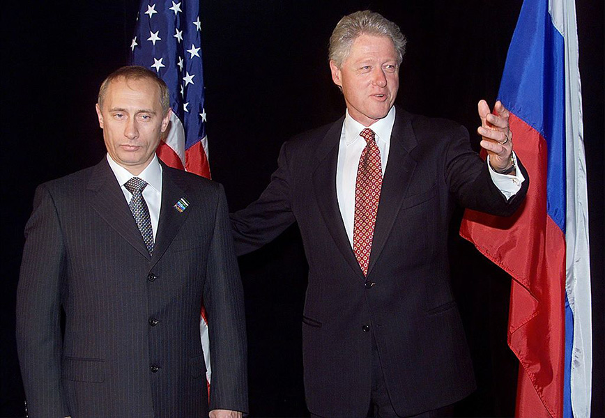 Putin with Clinton at Auckland, September 1999.