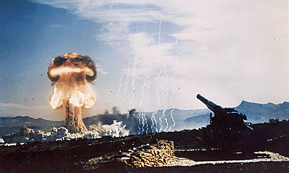 Test of atomic weapon fired by the 280 mm cannon